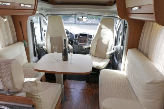 Hymer  T 654 SL Gold Edition  laag bed, incl. luchtvering 15
