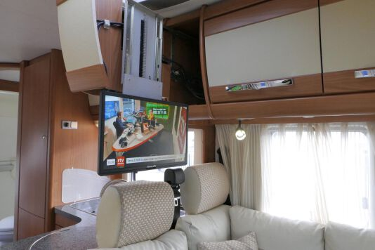 Hymer  T 654 SL Gold Edition  laag bed, incl. luchtvering 21