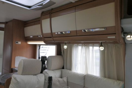 Hymer  T 654 SL Gold Edition  laag bed, incl. luchtvering 22