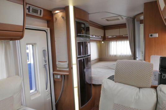 Hymer  T 654 SL Gold Edition  laag bed, incl. luchtvering 24