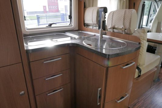 Hymer  T 654 SL Gold Edition  laag bed, incl. luchtvering 26