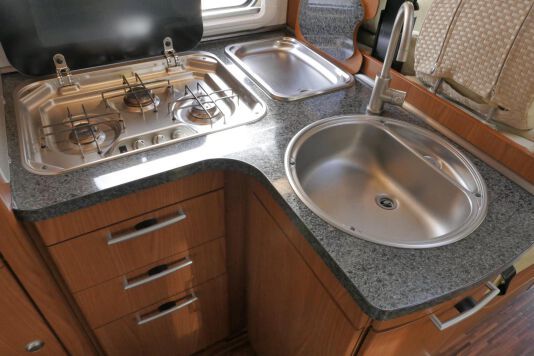Hymer  T 654 SL Gold Edition  laag bed, incl. luchtvering 27