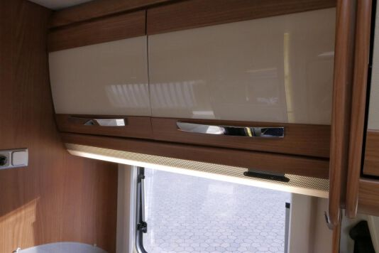 Hymer  T 654 SL Gold Edition  laag bed, incl. luchtvering 28