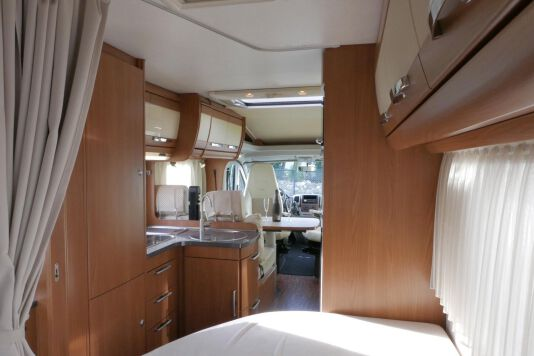 Hymer  T 654 SL Gold Edition  laag bed, incl. luchtvering 32