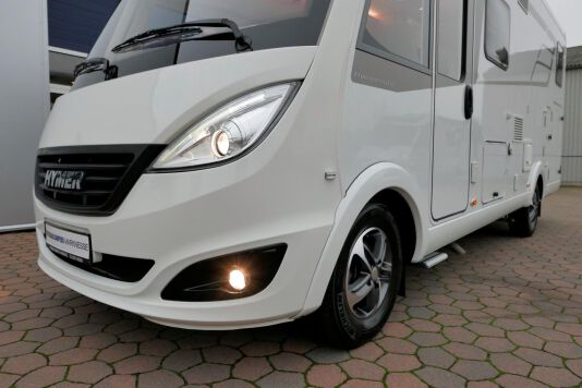 Hymer B 574 / 588 DynamicLine 180 PK AUTOMAAT, MAXI chassis, enkele bedden 8