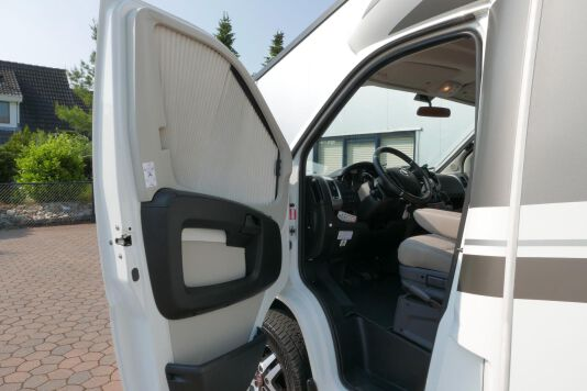 Hymer T 568 SL 3.0 177 pk AUTOMAAT, LEVELSYSTEEM, Maxi chassis 16