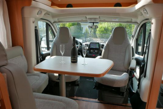 Hymer T 568 SL 3.0 177 pk AUTOMAAT, LEVELSYSTEEM, Maxi chassis 22
