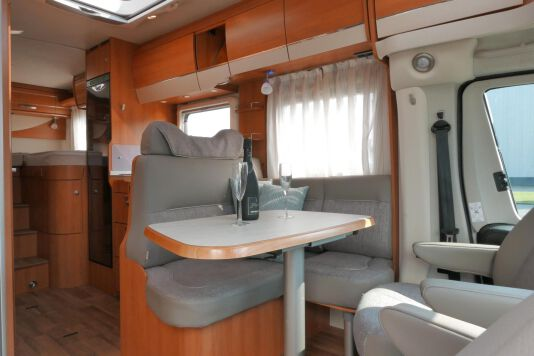 Hymer T 568 SL 3.0 177 pk AUTOMAAT, LEVELSYSTEEM, Maxi chassis 24