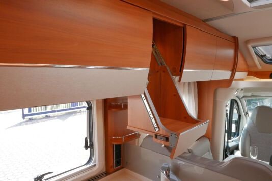 Hymer T 568 SL 3.0 177 pk AUTOMAAT, LEVELSYSTEEM, Maxi chassis 31