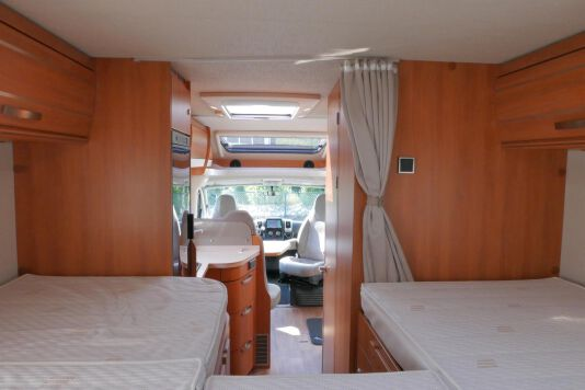 Hymer T 568 SL 3.0 177 pk AUTOMAAT, LEVELSYSTEEM, Maxi chassis 34