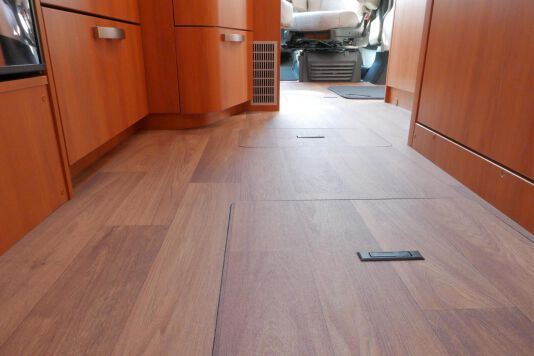 Hymer T 568 SL 3.0 177 pk AUTOMAAT, LEVELSYSTEEM, Maxi chassis 37