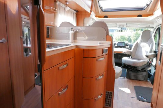 Hymer T 568 SL 3.0 177 pk AUTOMAAT, LEVELSYSTEEM, Maxi chassis 40