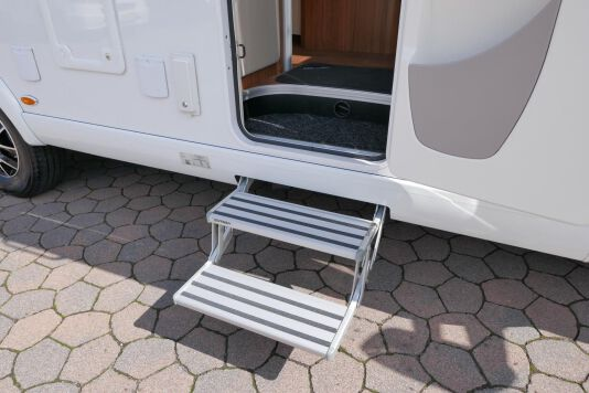 Hymer T 588 SL AL-KO chassis, AUTOMAAT, lengte bedden 14