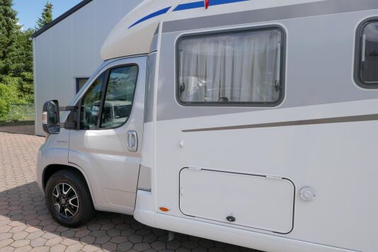 Hymer T 588 SL AL-KO chassis, AUTOMAAT, lengte bedden 15