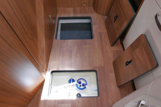 Hymer T 588 SL AL-KO chassis, AUTOMAAT, lengte bedden 43