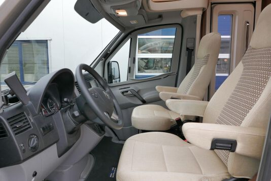 Hymer ML-T 580 7G AUTOMAAT, 4200 chassis, enkele bedden 15