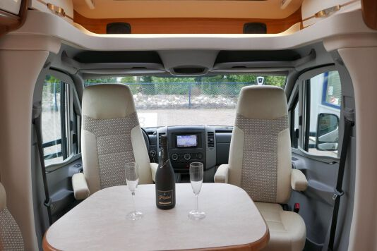 Hymer ML-T 580 7G AUTOMAAT, 4200 chassis, enkele bedden 17