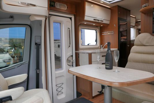 Hymer ML-T 580 7G AUTOMAAT, 4200 chassis, enkele bedden 21