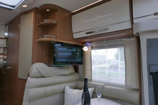 Hymer ML-T 580 7G AUTOMAAT, 4200 chassis, enkele bedden 24