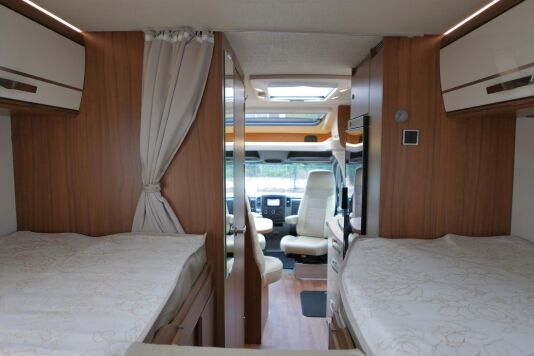 Hymer ML-T 580 7G AUTOMAAT, 4200 chassis, enkele bedden 31