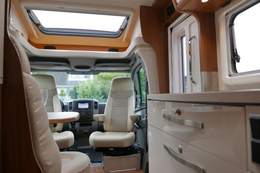 Hymer ML-T 580 7G AUTOMAAT, 4200 chassis, enkele bedden 35